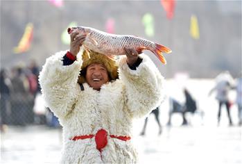 查幹湖冬捕技藝在呼和浩特上演